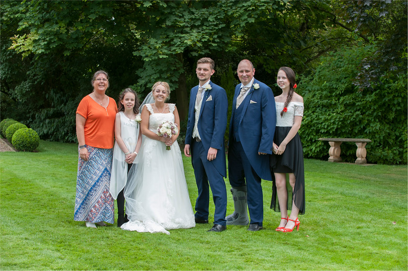 0151 - Leeds Wedding Photographer - Wentbridge House Wedding Photography -