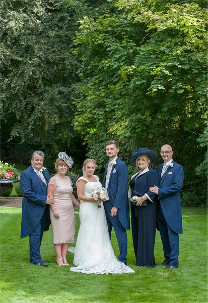 0137 - Leeds Wedding Photographer - Wentbridge House Wedding Photography -