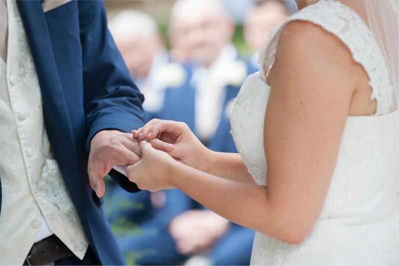0101 - Leeds Wedding Photographer - Wentbridge House Wedding Photography -