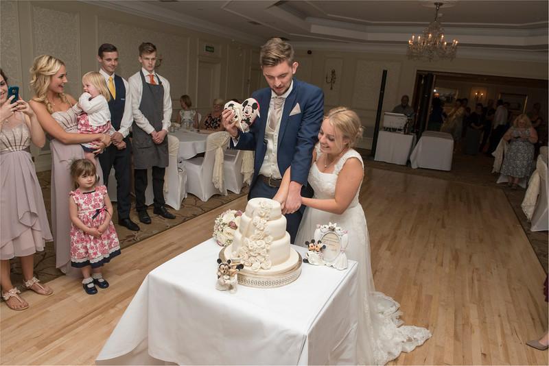 0267 - Leeds Wedding Photographer - Wentbridge House Wedding Photography -