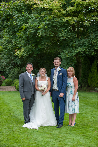 0148 - Leeds Wedding Photographer - Wentbridge House Wedding Photography -