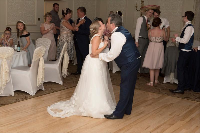 0288 - Leeds Wedding Photographer - Wentbridge House Wedding Photography -