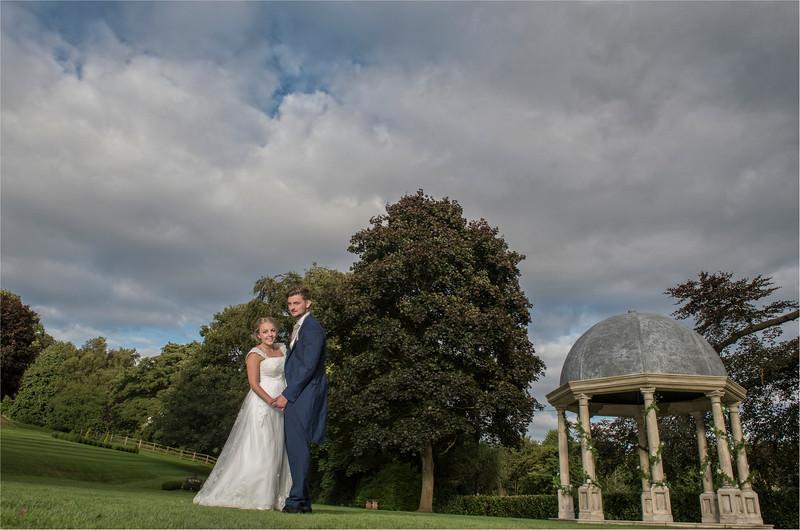 0245 - Leeds Wedding Photographer - Wentbridge House Wedding Photography -