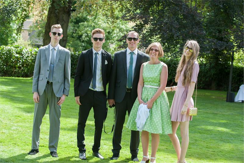 0121 - Leeds Wedding Photographer - Wentbridge House Wedding Photography -