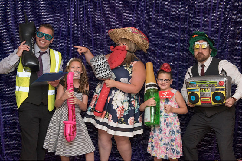 0261 - Leeds Wedding Photographer - Wentbridge House Wedding Photography -
