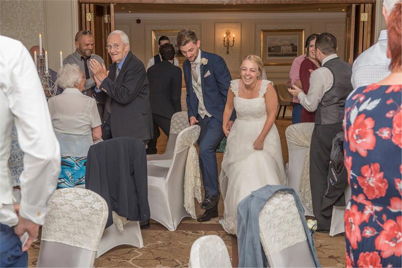 0215 - Leeds Wedding Photographer - Wentbridge House Wedding Photography -