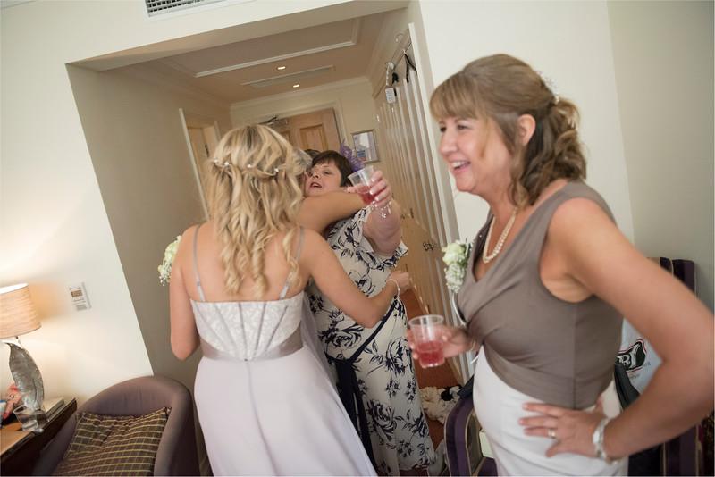 0070 - Leeds Wedding Photographer - Wentbridge House Wedding Photography -