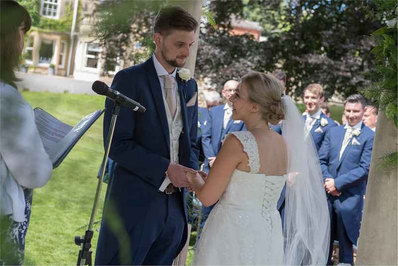 0096 - Leeds Wedding Photographer - Wentbridge House Wedding Photography -
