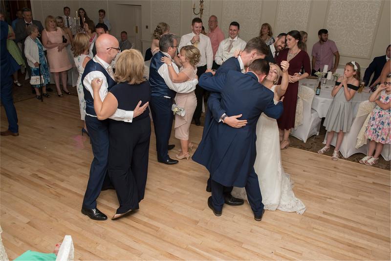 0272 - Leeds Wedding Photographer - Wentbridge House Wedding Photography -