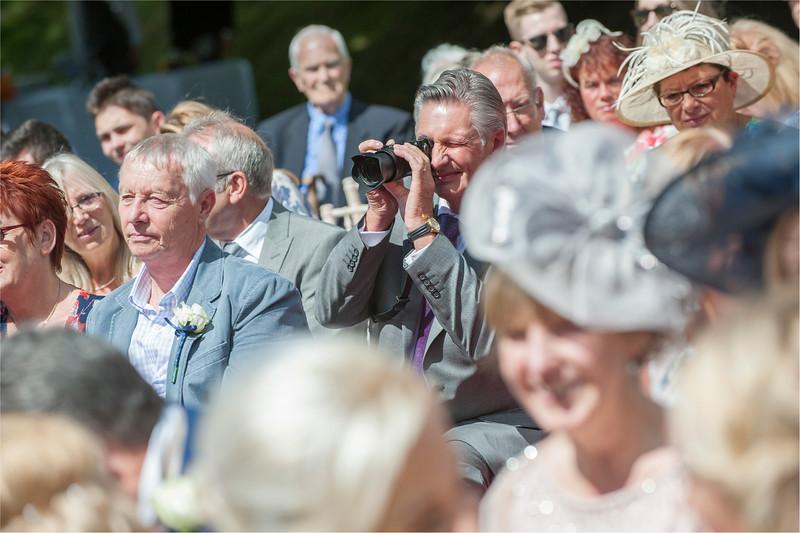 0105 - Leeds Wedding Photographer - Wentbridge House Wedding Photography -