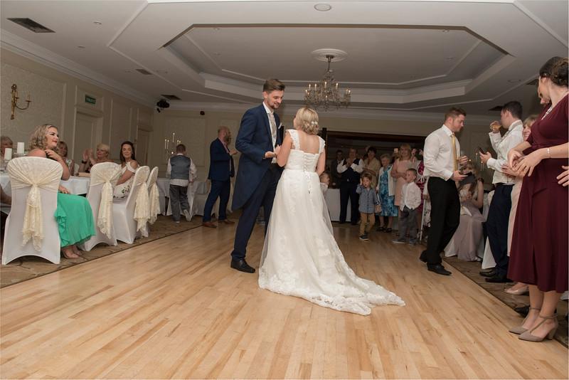0269 - Leeds Wedding Photographer - Wentbridge House Wedding Photography -