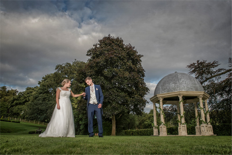 0247 - Leeds Wedding Photographer - Wentbridge House Wedding Photography -