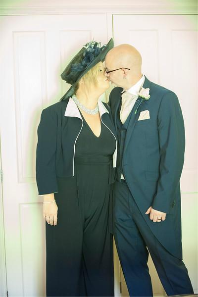 0060 - Leeds Wedding Photographer - Wentbridge House Wedding Photography -