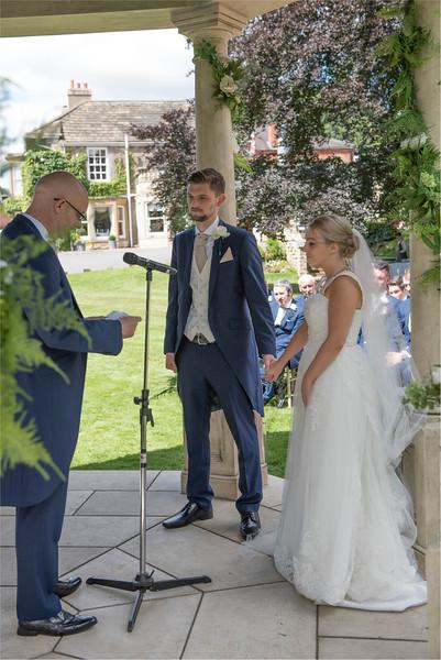 0102 - Leeds Wedding Photographer - Wentbridge House Wedding Photography -