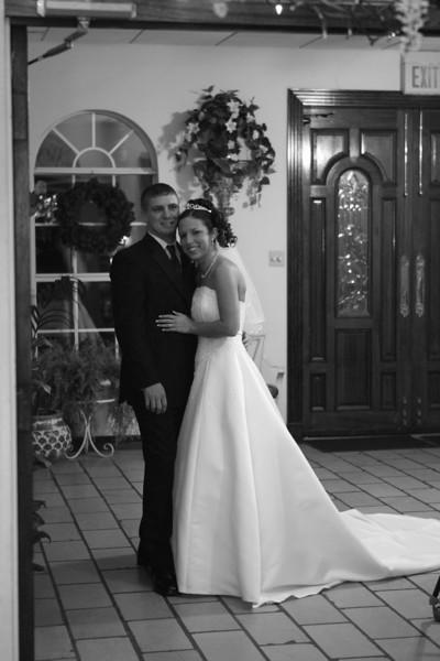 Carrie and Kurt Wedding 04 07 2007 A 390psbw