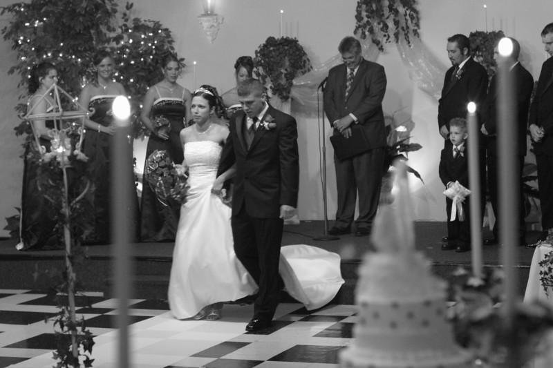 Carrie and Kurt Wedding 04 07 2007 B 152PSBW