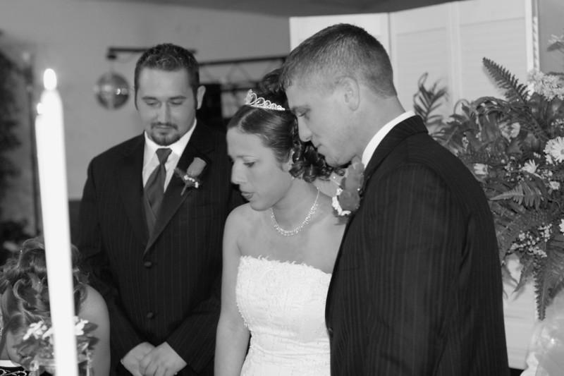 Carrie and Kurt Wedding 04 07 2007 B 138psbw