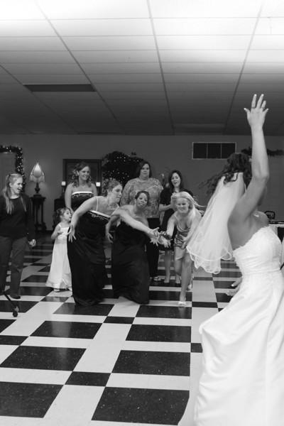 Carrie and Kurt Wedding 04 07 2007 A 584psbw