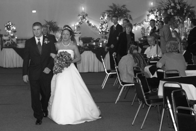 Carrie and Kurt Wedding 04 07 2007 B 166PSBW