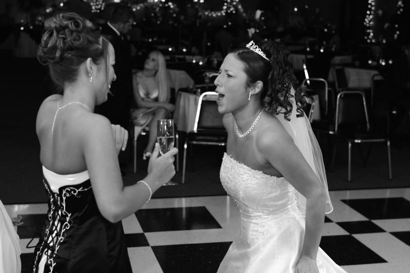 Carrie and Kurt Wedding 04 07 2007 A 562psbw