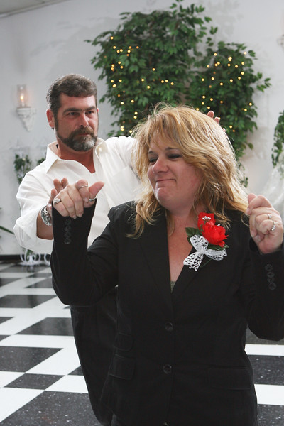 Carrie and Kurt Wedding 04 07 2007 A 509ps