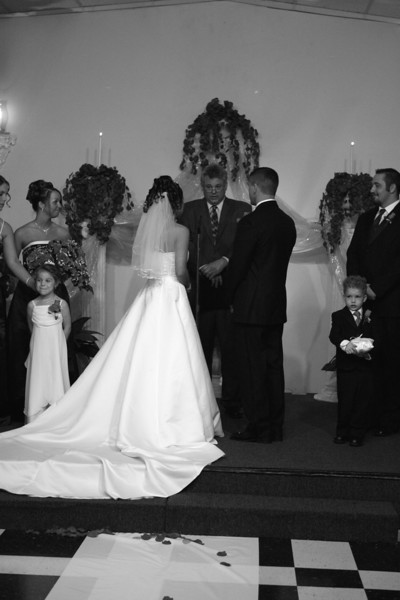 Carrie and Kurt Wedding 04 07 2007 A 191psbw