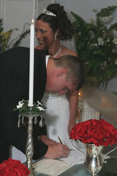 Carrie and Kurt Wedding 04 07 2007 A 211ps