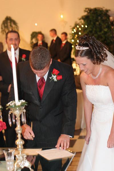 Carrie and Kurt Wedding 04 07 2007 B 136ps