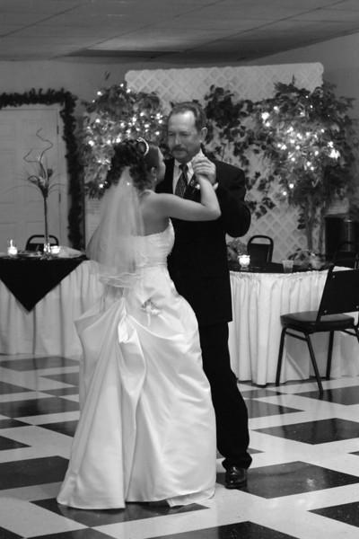Carrie and Kurt Wedding 04 07 2007 B 179PSBW