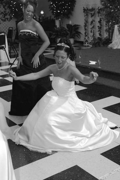 Carrie and Kurt Wedding 04 07 2007 A 570psbw