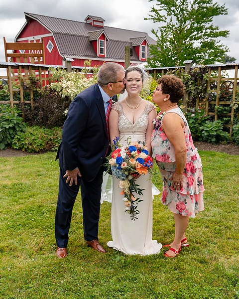 Williams-Ruess Wedding at Snohomish Red Barns, on June 24 2018