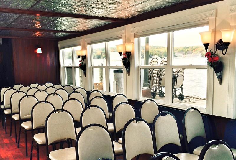 Indoors wedding on the Duchess