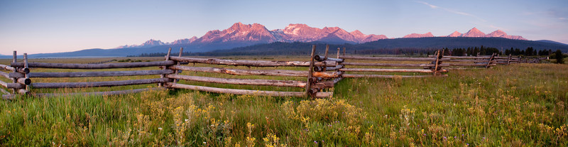 Sawtooth Mountains in Idaho the morning of the wedding. Photo: Mike Leeds