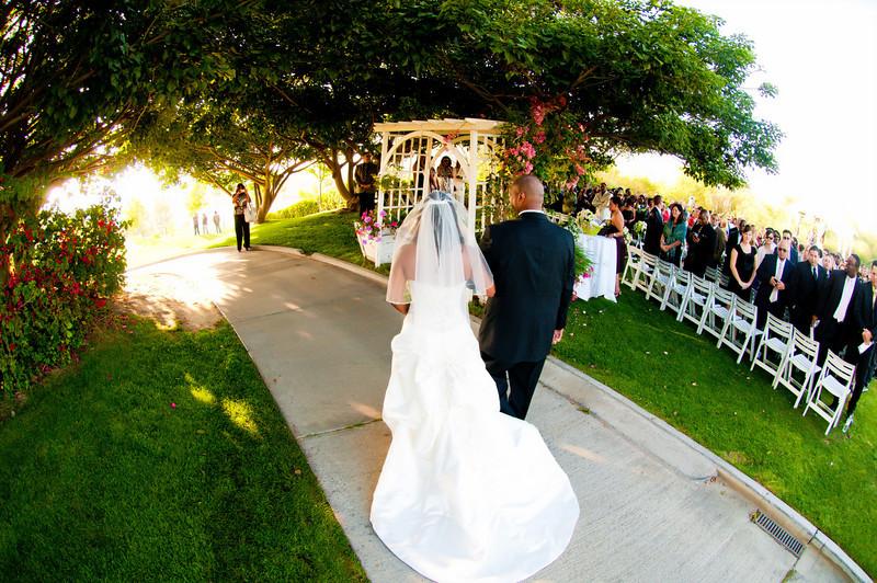 Enjoy luxury wedding in the heart of Westridge Golf Course.