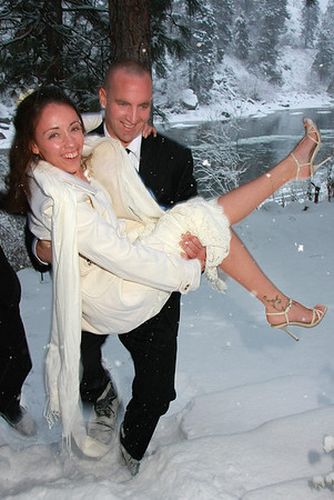 Winter Weddings in Leavenworth