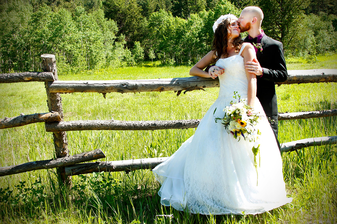 Kelsey and Justin- A Naturally Beautiful Way to Tie the Knot