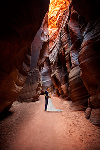 Eloping to the Slot Canyons of Utah