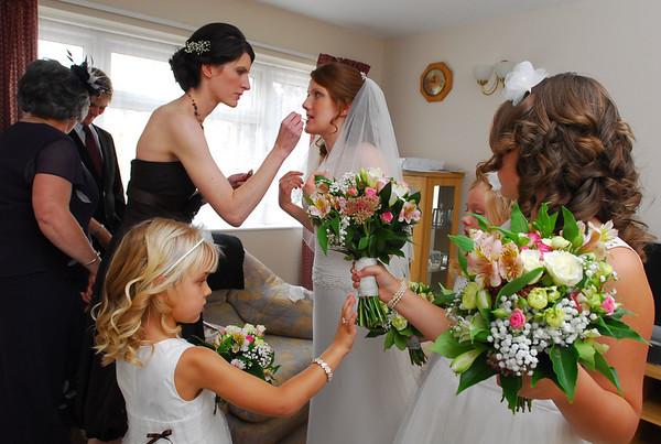 Hannah and bridesmaids.