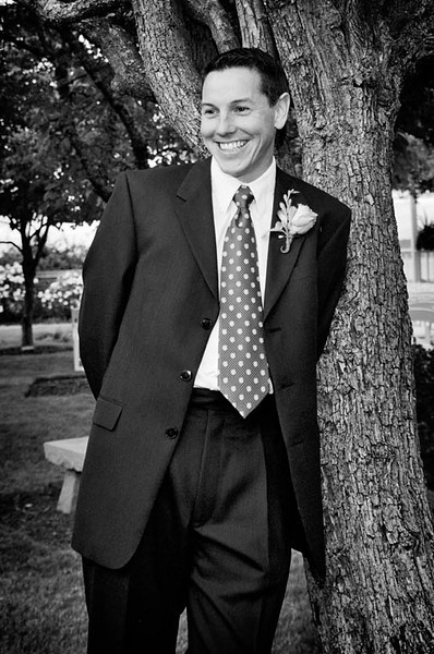 groom, bw