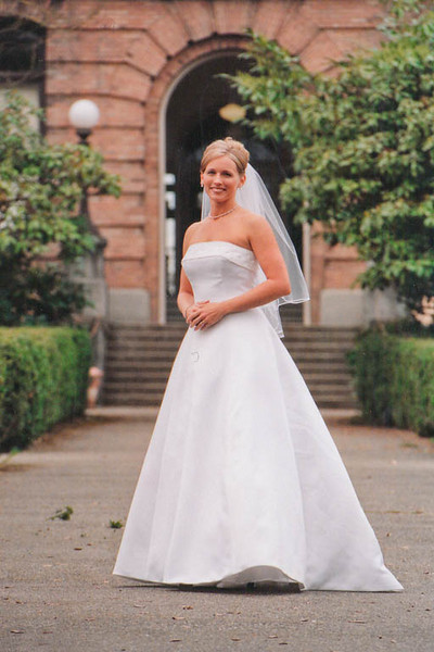 bride in setting
