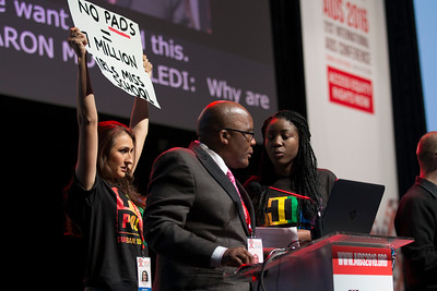 21st International AIDS Conference (AIDS 2016), Durban, South Africa. What is our goal? (WEPL01) Health Minister Aaron Motsoaledi introducing a speaker, 20 July, 2016. Photo©International AIDS Society/Rogan Ward