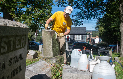 TOMB STONE CLEANING