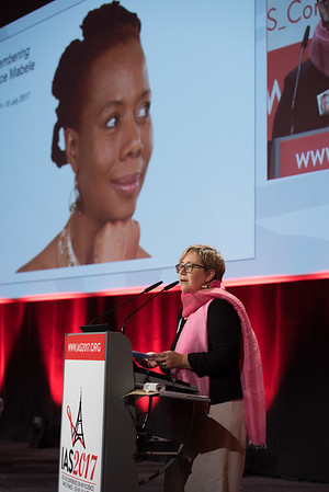 9th IAS Conference on HIV Science (IAS 2017) Paris, France. Copyright: Marcus Rose/IAS  Photo shows: Women's Health and HIV: Addressing Challenges across the Lifecycle (WESY01). Introduction: Laurel Sprague, Global Network of People living with HIV (GNP+), Netherlands