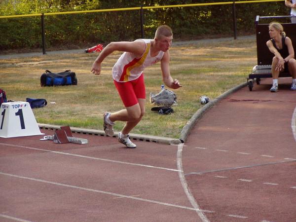 Tim met zijn proefstart op de 100m.