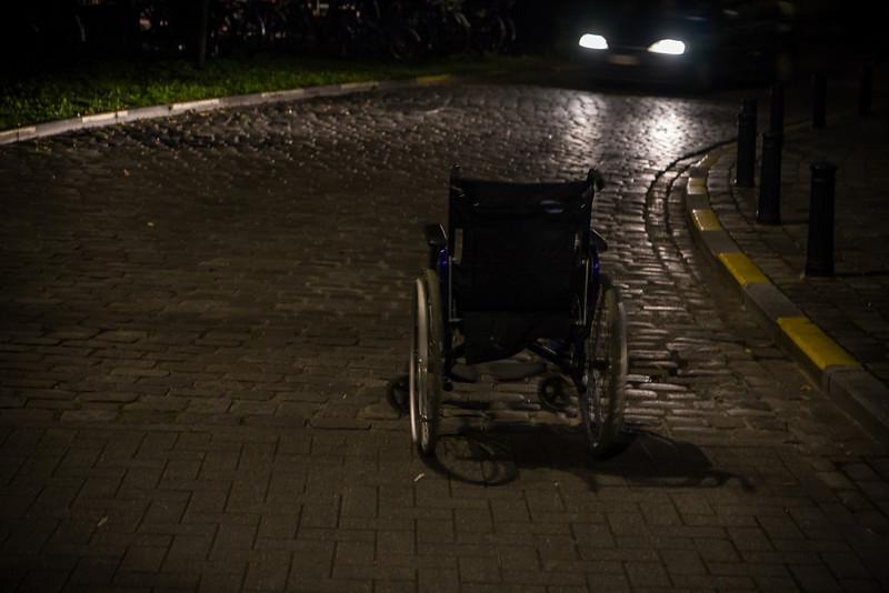 rijdende rolstoel zonder zwakke weggebruiker