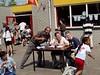 vlnr Wedstrijdleider Ronald, microfoniste Inge en jury Tim