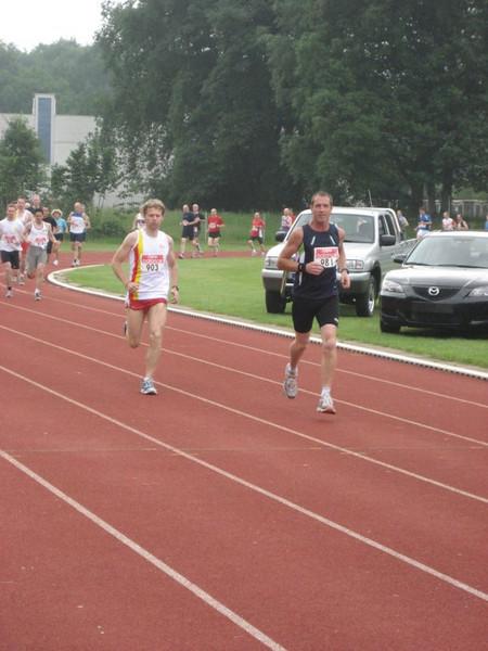 10km na 400m
