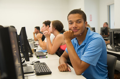 Student Dante Guyder during composition I class. ( class activity: discussing about different sources of reference)