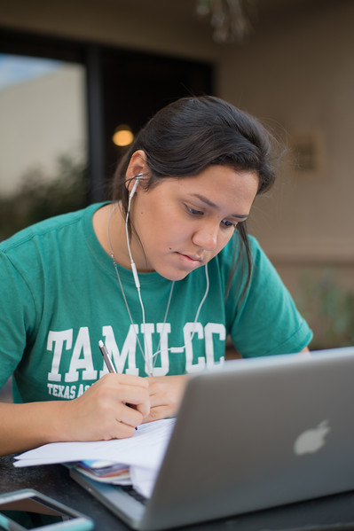 Student Lucero Perez studies for her principles of microbiology class.