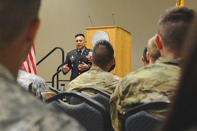 Colonel Lacenta visits with the Islander Batallion during his visit of the TAMU-CC campus.  More photos: https://islanduniversity.smugmug.com/Events/Events-By-Year/2016/092116-Colonel-Lacenta-Visit